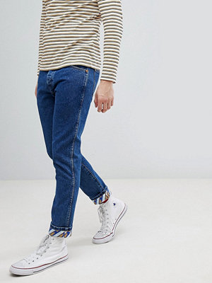 Jeans - Wrangler Tapered Jeans with Turn Up Details