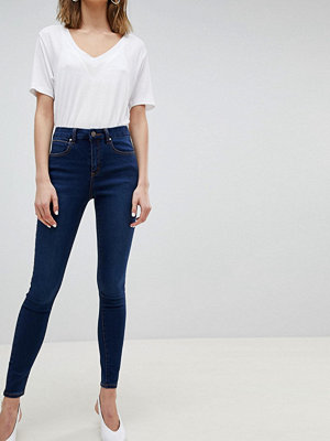 ASOS DESIGN Sculpt Me High Waisted Premium Jeans In Rushmore Blue - Mid wash blue