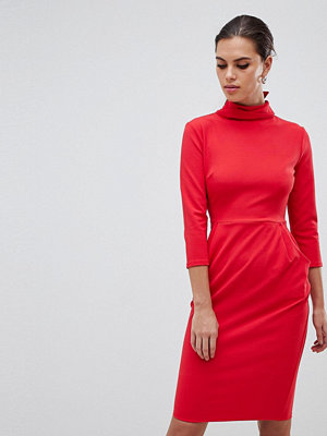 City Goddess Midi Dress With Pockets