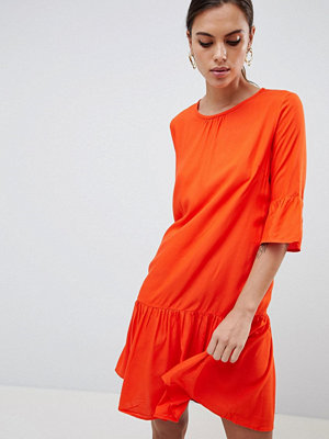 Y.a.s Fluted Sleeve Drop Hem Dress