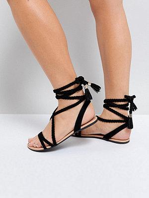 ASOS FAYLA Wide Fit Tie Leg Plaited Flat Sandals