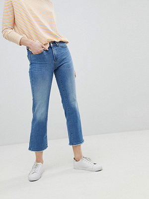 Only Straight Leg Jean With Raw Hem