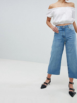 Parisian Wide Leg Crop Jeans