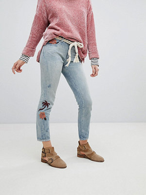 Maison Scotch Slim Tapered Fit Jeans With Embroidery
