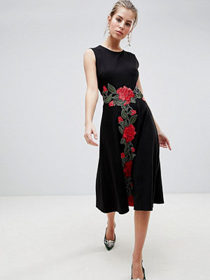 Traffic People Shift Midi Dress With Rose Embroidery