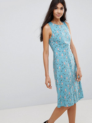 Sugarhill Boutique Mermaid Print Fit & Flare Dress - Dusky blue