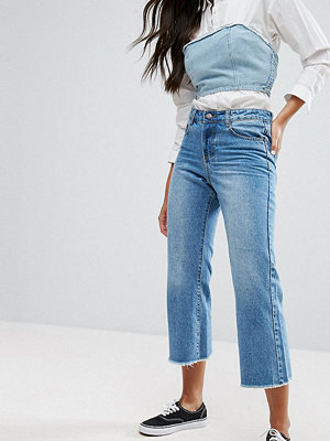 Liquor N Poker Wide leg Cropped Jean with Raw Hem - Lightwash