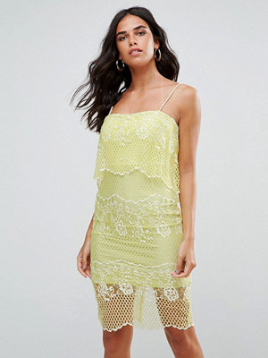 Forever Unique Lace Dress With 2 in 1 Detailing - Lime