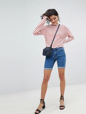 Vero Moda Långa jeansshorts Mellanblå