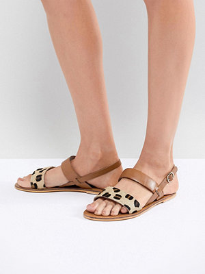 Warehouse Leopard Print Contrast Strap Sandals - Animal