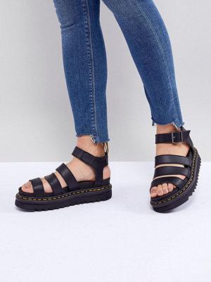 Sandaler & sandaletter - Dr. Martens Blaire Vegan Strappy Flat Sandals in Black - Black felix rub off