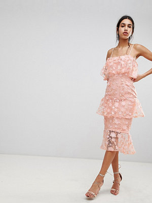 ASOS DESIGN Tiered Pencil Midi Dress In 3D Floral Embroidery - Coral