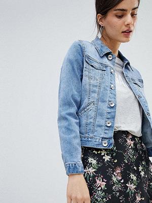 Oasis Pocket Detail Denim Jacket - Pale wash