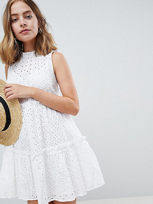 ASOS Petite ULTIMATE Sleeveless Broderie Trapeze Dress