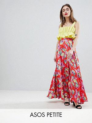 ASOS Petite ASOS DESIGN Petite satin maxi skirt with centre front split in floral print