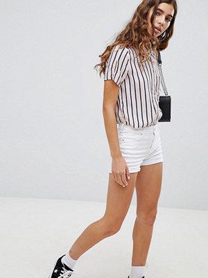 Bershka Slitna shorts