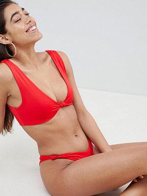 ASOS DESIGN Knot Minimal Crop Bikini Top in red - Redocat red