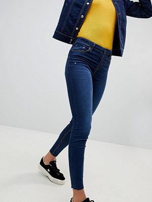 Stradivarius Skinny jeans med normal midja