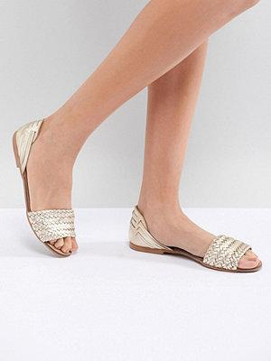 Oasis Plait Front Sandals