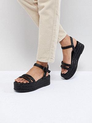Pull&Bear flatform sandal