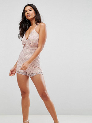 Girl In Mind Crochet-playsuit i spets Blush