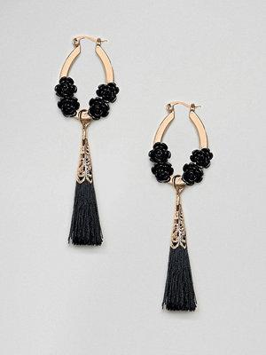 ASOS örhängen DESIGN Black Rose And Tassel Earrings
