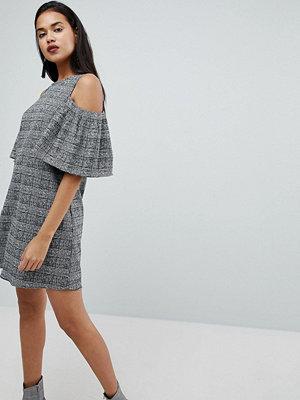 River Island Cold Shoulder Check Dress - Black/white check