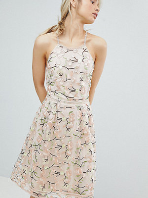 Dolly & Delicious All Over Embroidered Floral Lace High Neck Midi Prom Dress