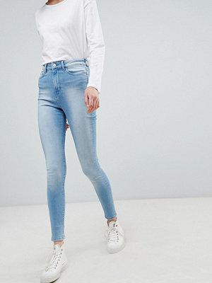 Wåven Anika Jeans med hög midja och extra smal passform Isblå