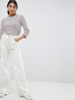 ASOS DESIGN Skater Jeans In Aged White With Rope Belt - Aged white