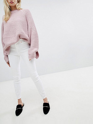 New Look Vita skinny jeans med hög midja