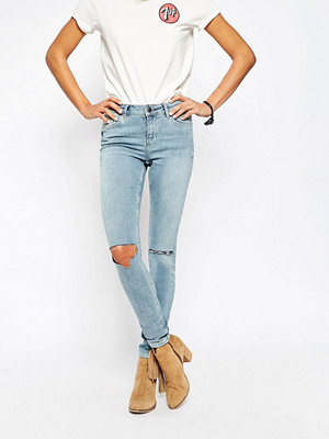 ASOS Lisbon Skinny Midrise Jeans in Petal Bleach out Wash With Busted Knees - Petal bleach out