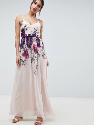 Little Mistress Cami Maxi Dress In Floral Placement Print With Belted Waist - Print