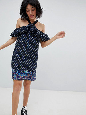 Daisy Street Cold Shoulder Dress in Border Ditsy Print