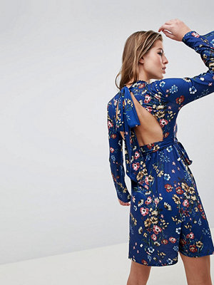 Club L Floral Flute Sleeve Open Back Day Dress - Navy