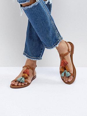 Pull&Bear multi tassle sandal