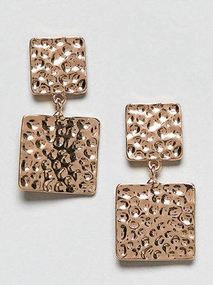 Reclaimed Vintage örhängen Inspired Hammered Metal Square Earrings