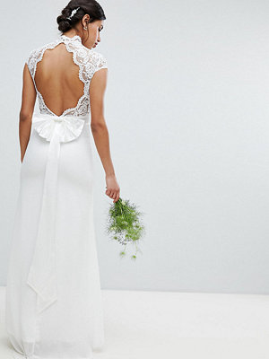 TFNC Bridal Maxi Bridal Dress With Scalloped Lace And Open Back - Ivory