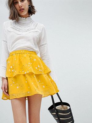 Vero Moda Floral Flippy Skirt - Lemon curry