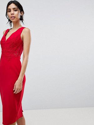 Little Mistress Lace Pencil Dress - Crimson
