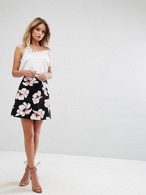 River Island Floral Mini Skirt - Black print