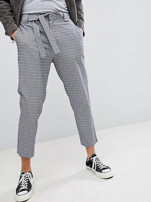 ASOS DESIGN Tapered Smart Trousers In Navy Seersucker Check With Tie Waist