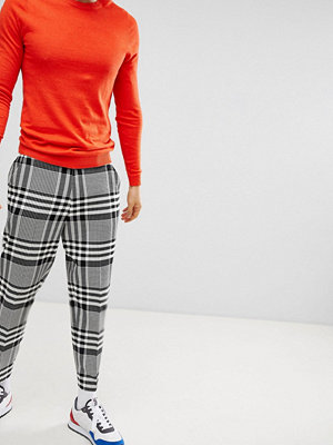 ASOS DESIGN Tapered Smart Trousers In Oversized Check