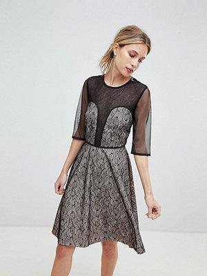 Little Mistress Contrast Lace Prom Dress