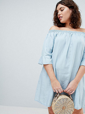 Zizzi Off The Shoulder Denim Dress - Light blue denim