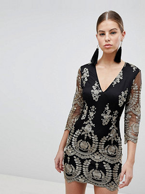 Girl In Mind 3/4 Sleeve Embroidered Dress