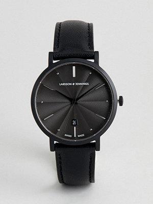 Klockor - Larsson & Jennings Aurora Leather Watch In Black 38mm