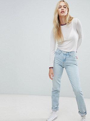 Lee Jeans i mom fit-modell med hög midja Månsten