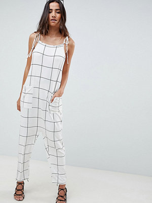 ASOS DESIGN jumpsuit minimal with ties in white check - White/black