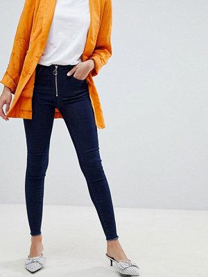 Vila Jeans med smal passform och dragkedja framtill Mörkblå denim